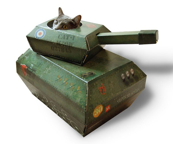 suckuk-cat-toy-tank2