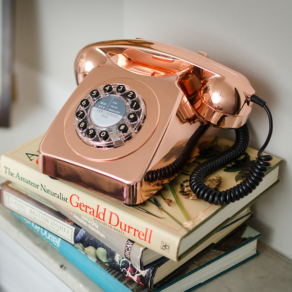 wild-and-wolf-746-phone-copper-3