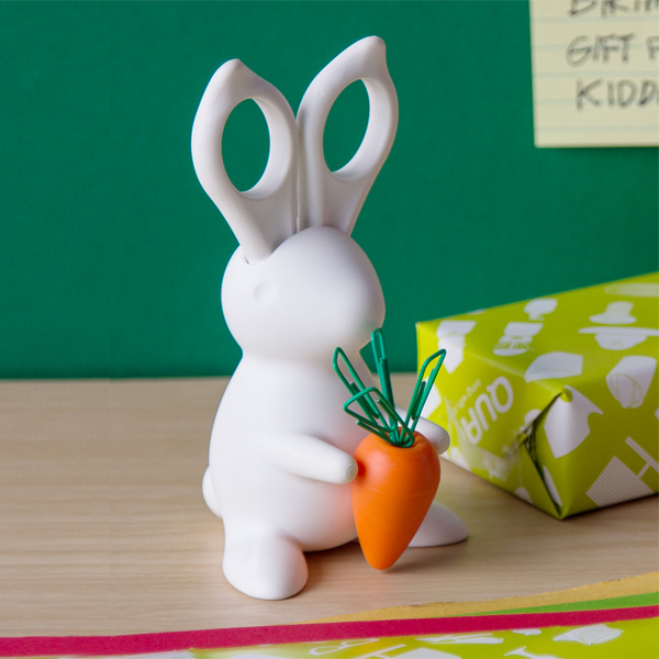 qualy-bunny-scissors-and-desk-organiser-2