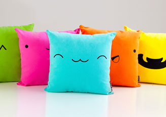 Spruce Up Your Family Room with Colourful Throw Pillows