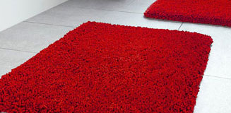 Highland Red Bath Mat - Red Shaggy Bathroom Rug - Spirella