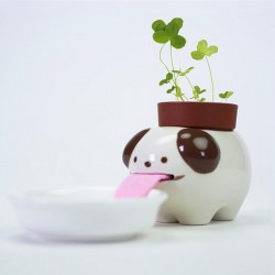Peropon Drinking Animal Planter - Dog - self watering plant pot