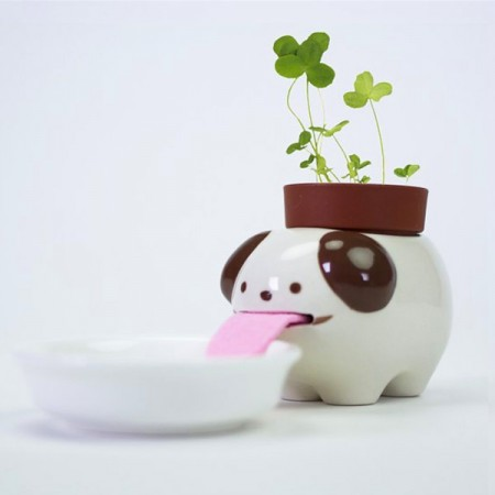 Peropon Drinking Animal Planter (Dog) - Red Candy