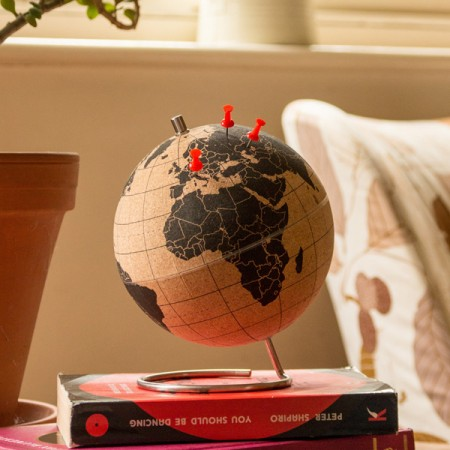 Suck UK Cork Globe (Small) - Red Candy